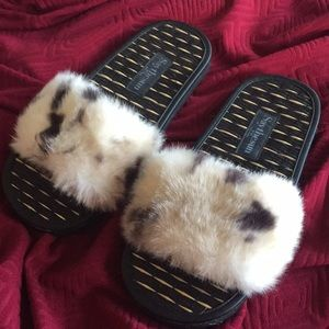 New Never Used Fuzzy furry slippers - Sandals